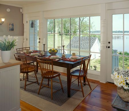 Waterfront Retreat Breakfast Nook