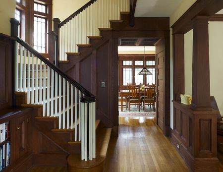 Traditional 4-Square Craftsman Entryway